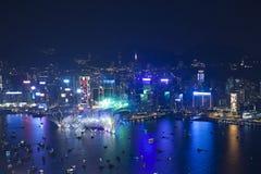 Fuegos artificiales 2013 de la cuenta descendiente de Hong Kong Imagenes de archivo