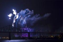 Fuegos artificiales azules Fotografía de archivo libre de regalías