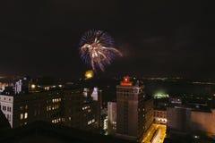 Fuegos artificiales céntricos, cuarto de julio, Memphis, TN Imagenes de archivo