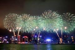 Fuegos artificiales chinos 2013 del Año Nuevo Imágenes de archivo libres de regalías
