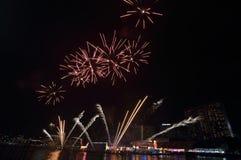 Fuegos artificiales chinos del Año Nuevo de Singapur Fotografía de archivo libre de regalías