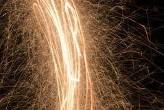 Fuegos artificiales chispeantes Imagen de archivo libre de regalías