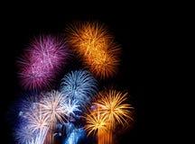 Fuegos artificiales coloridos Fotos de archivo