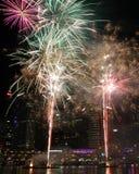 Fuegos artificiales, Darling Harbour, Sydney Fotos de archivo libres de regalías