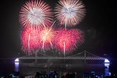 Fuegos artificiales de Busán Gwangan 2015 Diamond Bridge Imágenes de archivo libres de regalías