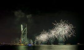 Fuegos artificiales de Dubai para el día nacional Fotos de archivo libres de regalías