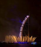 Fuegos artificiales de Dubai para el día nacional Fotos de archivo