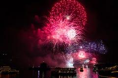 Fuegos artificiales de Eve 2015 de Sydney New Year Fotos de archivo