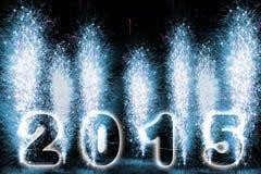 Fuegos artificiales de la Feliz Año Nuevo 2015 Foto de archivo libre de regalías