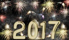 Fuegos artificiales de la Feliz Año Nuevo 2017 Imagen de archivo