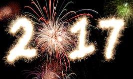 2017 fuegos artificiales de la Feliz Año Nuevo Imagen de archivo