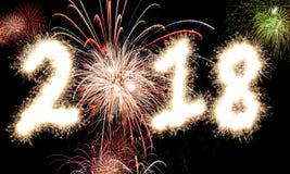 2018 fuegos artificiales de la Feliz Año Nuevo Fotografía de archivo libre de regalías