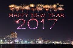 2017 fuegos artificiales de la Feliz Año Nuevo sobre Pattaya varan en la noche, Thail Fotos de archivo