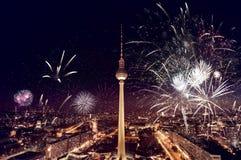 Fuegos artificiales de la torre de Berlín TV Fotografía de archivo