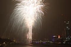 Fuegos artificiales de Londres Imágenes de archivo libres de regalías
