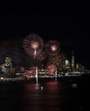 Fuegos artificiales de Nueva York Imagen de archivo libre de regalías