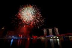 Fuegos artificiales de Singapur Fotografía de archivo