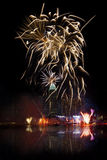 Fuegos artificiales de Singapur Imagen de archivo libre de regalías