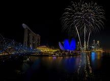 Fuegos artificiales de Singapur Fotos de archivo
