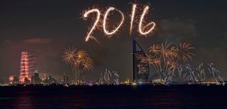 Fuegos artificiales 2016 del Año Nuevo de Dubai Fotos de archivo libres de regalías