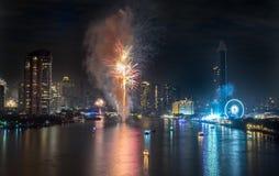 Fuegos artificiales del Año Nuevo en Bangkok, Tailandia Fotografía de archivo libre de regalías