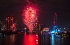 Fuegos artificiales del Año Nuevo en Bangkok, Tailandia Fotografía de archivo