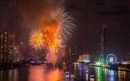 Fuegos artificiales del Año Nuevo en Bangkok, Tailandia Imagenes de archivo