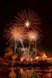Fuegos artificiales del Año Nuevo en el rajapruek real del parque en Chiang Mai Fotografía de archivo libre de regalías