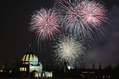 Fuegos artificiales del Año Nuevo sobre Praga, República Checa Imagenes de archivo