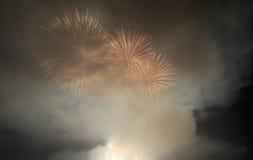 Fuegos artificiales del juego de la ciudad de Amoy Fotografía de archivo libre de regalías