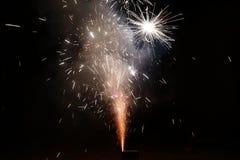 Fuegos artificiales del petardo de Minitype en el Año Nuevo chino Foto de archivo