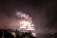 Fuegos artificiales del puente de puerto de Sydney NYE Imágenes de archivo libres de regalías