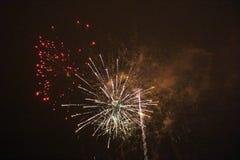 Fuegos artificiales del ` s del Año Nuevo en LuleÃ¥ Fotografía de archivo