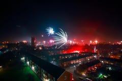 Fuegos artificiales el noche del Año Nuevo Imágenes de archivo libres de regalías