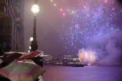 Fuegos artificiales en Blackfriars Imágenes de archivo libres de regalías