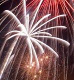 Fuegos artificiales en cielo imagen de archivo libre de regalías