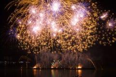 Fuegos artificiales en el espacio del Año Nuevo y de la copia Foto de archivo