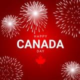 Fuegos artificiales en el fondo rojo para el día nacional de Canadá Foto de archivo libre de regalías