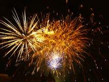 Fuegos artificiales en la ciudad Imagen de archivo libre de regalías