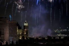 Fuegos artificiales en la noche Imagen de archivo libre de regalías