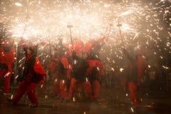 Fuegos artificiales en la noche en Badalona Foto de archivo libre de regalías