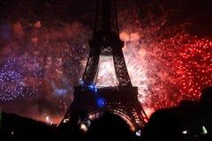 Fuegos artificiales en París Foto de archivo libre de regalías