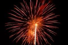Fuegos artificiales, fondo de la pendiente Foto de archivo libre de regalías