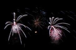 Fuegos artificiales fondo, modelo de los fuegos artificiales, modelo colorido Imagenes de archivo