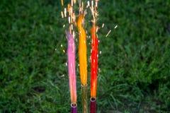 Fuegos artificiales multicolores fotografía de archivo