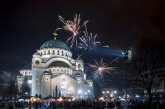 Fuegos artificiales ortodoxos del ` s del Año Nuevo Fotografía de archivo