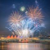 Fuegos artificiales para las celebraciones del Año Nuevo 2018 Imagenes de archivo