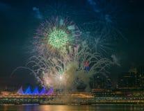 Fuegos artificiales para las celebraciones del Año Nuevo 2018 Fotos de archivo