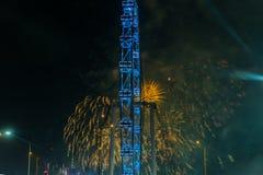 Fuegos artificiales que celebran Año Nuevo chino en Singapur Fotografía de archivo