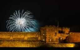 Fuegos artificiales sobre el castillo de Carlisle foto de archivo